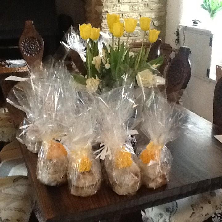 21.04 Easter Gift for members
