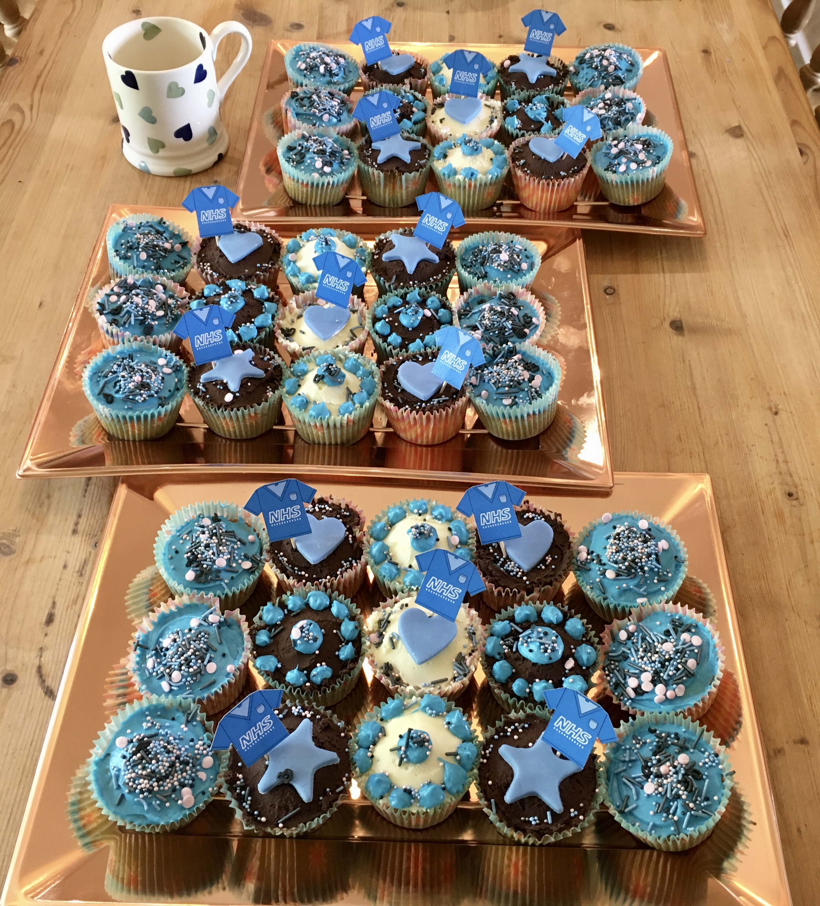 21.07 thank You NHS cup cakes