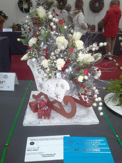 Floral Art 2nd prize awarded to Sir Gar/Carmarthenshire Federation