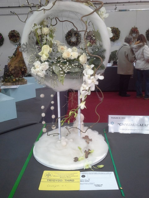 Floral Art 3rd prize awarded to Ceredigion Federation