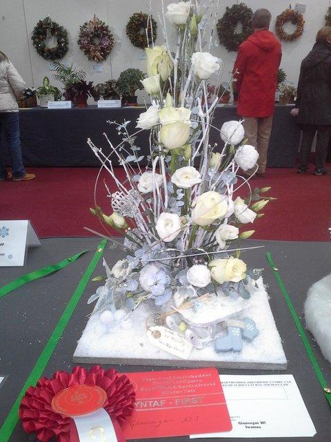 Winning floral art by Glamorgan Federation