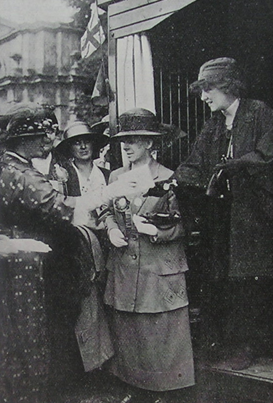 Presentation of certificates at the V&A exhibition 1922